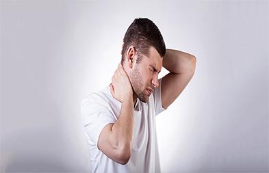 sağlıklı uyku için ortopedik yastık önemi